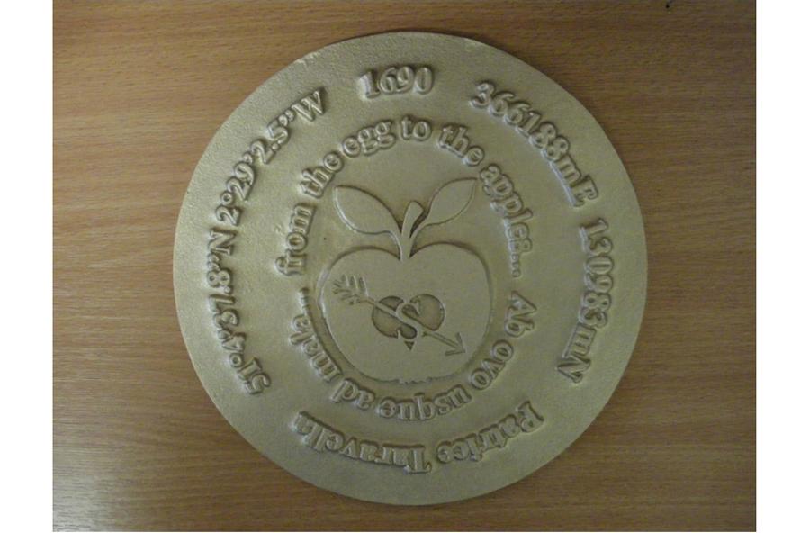 Bronze Apple Plaque 4